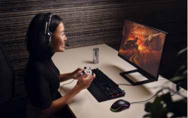 Sound quality meets comfort in first Philips lightweight gaming headsets