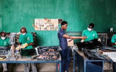 Philips monitors joins green coalition and expands cutting edge waste reduction service